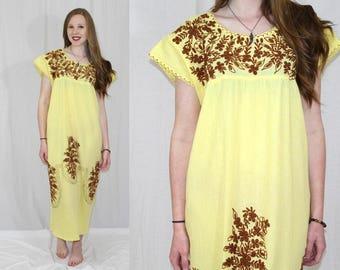 Vintage 70s Yellow Mexican EMBROIDERED Retro Hippie Ethnic Shift Midi Dress L XL