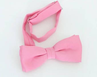 Vintage (70's/80's) pink polyester clip-on bow tie, unlabeled