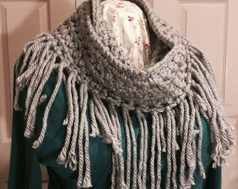Chunky Infinity Scarf with Fringe