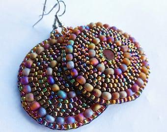 N7, customizable, woven seed bead, pierced earrings in the shape of circle