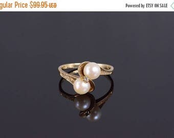 Big SALE 10k Cultured Pearl Textured Wavy Bypass Ring Gold