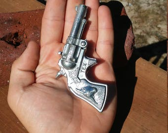 """1950's Hubley """"Tex"""" Cap Gun"""