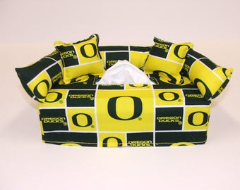 University of Oregon Licensed fabric tissue box cover.