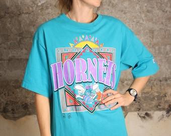 Charlotte Hornets Basketball shirt Vintage 90s