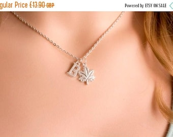 VACATION SALE Silver leaf necklace, leaf jewellery, leaf pendant,nature necklace, maple leaf jewellery, leaf necklace, leaves jewellery, tre