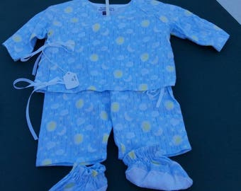children's pajama sets . Sizes newborn thru size 8. Made to order (size,color character)