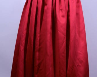Beautiful Red Jessica McClintock Gunne Sax Gown Small Size