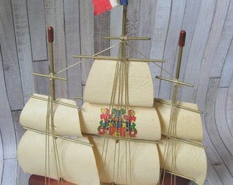 Wooden Boat - Britany -