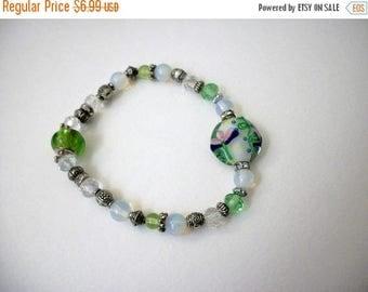 ON SALE Vintage Hand Made Lamp Work Beads Stretch Bracelet 101816