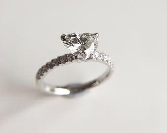1 Carat Diamond Engagement Ring Diamond Halo Ring Heart Diamond Ring Diamond Ring Wedding Ring Round Diamond Ring Moissanite Ring