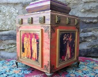 Large Medieval box, mixed media Pre-Raphaelite box, Arthurian themed casket,  wooden jewellery box, ornate treasure chest