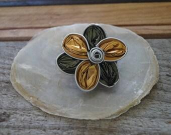Nespresso pin flower