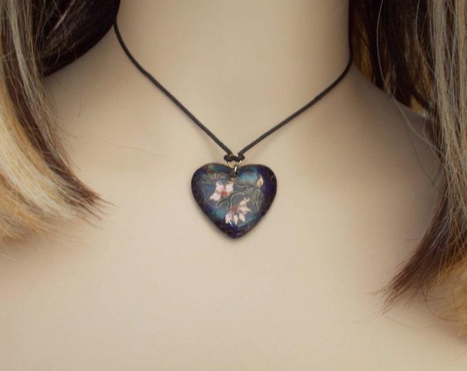 Vintage 70s Boho Hippie Chic Dark Blue Pink Floral Cloisonné Enamel Heart Pendant Black Leather Choker Necklace