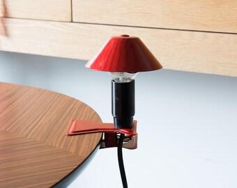 Mushroom shaped lamp