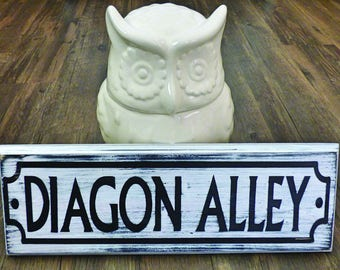 Diagon Alley - Harry Potter Fan Art - Harry Potter - Harry Potter Wood Sign -  Diagon Sign  - Harry Potter Decor - Harry Potter Sign