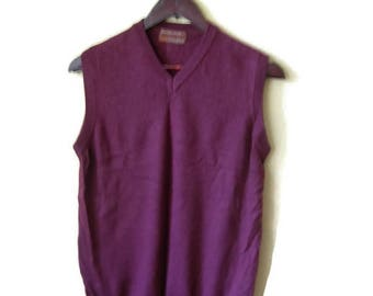 90s Vintage, Men's Knit Vest  ,Italian Merino Wool With Silk , Gift for Him, Winter Fashion, Burgundy, SIZE SMALL