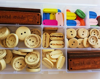 Wooden buttons and Labels box 120 units-box of 120 wooden buttons and labels-natural wood button-HOLZKNÖPFE