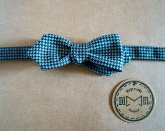 Bow tie adjustable gray houndstooth on order