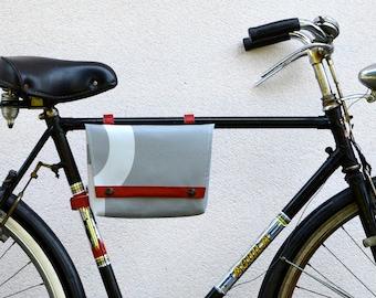 Chassis & bike handlebar bag//bike bag 3BaGo//waterproof waist bag//smartphone and ipad case//eco design/gift/bike friendly