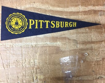 1950's Vintage Pittsburgh Panthers College University Mini Pennant Flag Banner