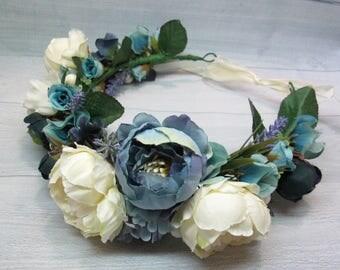 Bridal hair Wedding halo Bridesmaids hair Bridal flower crown Flower hair crown Bridal hair flower Bridal headpiece Boho wedding Blue crown