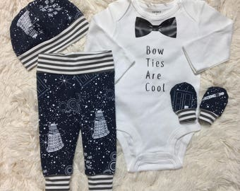 NEW! Doctor Who newborn set, going home outfit, nerdy baby set, newborn baby boy set, doctor who baby set, bow ties set