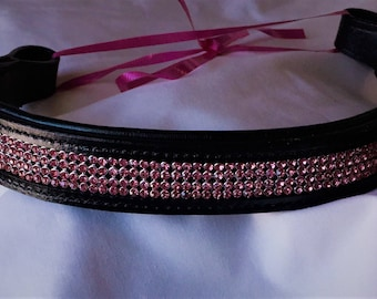 Available in 16 or 17 inch black padded leather. FREE shipping in the USA!