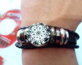 Faux brown leather and black and white graphic cabochon bracelet