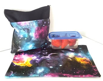 Snack bag with placemat - Space + black - waterproof, perfect for school, fits well into the backpack!