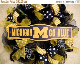 PRE-LABOR DAY Sale Michigan Wreath, University of Michigan Wreath, U of M wreath, University of Michigan Wreaths, U of M decor, University o