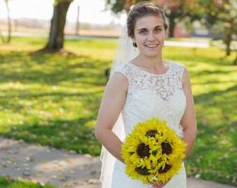 Sunflower bridal bouquet! Wedding bouquet, bride bouquet, bouquet for wedding, sunflower, keepsake bouquet, free boutonnière
