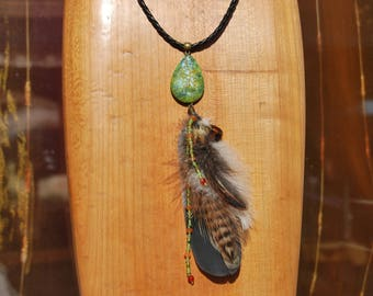 The Choker necklace in semi-precious stones and feathers of pheasant/Pigeon/cock - (115)