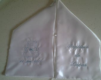 scarf embroidered with Pooh enbleu baptism