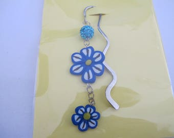 Bookmark flowers blue and white