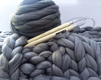 Blanket Knitting Kit, TUTORIAL, Cable knit banket, 40x60 in, Merino wool blanket