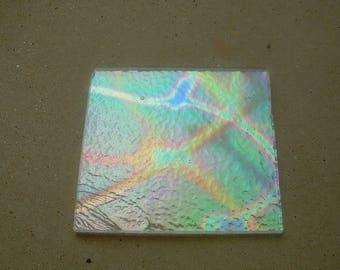 PLATE 5 * 5CM REPTILE PATTERN DICHROIC GLASS