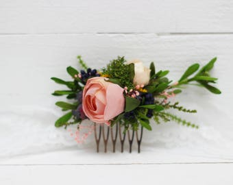 Blush pink greenery flower comb Forest wedding Woodland Bridal hair piece Bridesmaid headpiece Floral comb Hair flowers Wedding accessories