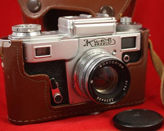 Vintage KIEV 4AM USSR Russian 35 mm Contax copy Camera + Jupiter 8m lens