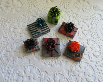 Miniature Wrapped Presents with bows-Miniature -Dollhouse Presents-Miniature Presents ( set of 6) Day of the Dead Colors
