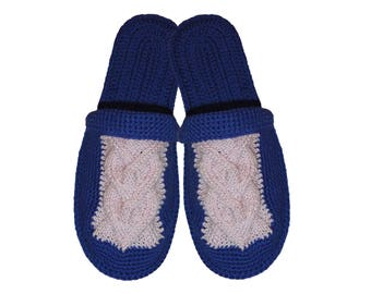 Crochet slippers, knitted hearts, Flip flop slippers, slippers with sole