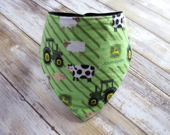 Tractors Bandana Bib // Farm Animals Baby Bib // Flannel // Kerchief // Baby Shower Gift // Dribble Bib // Baby Boy Gift // Trendy Baby Bib