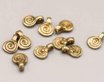 10 Small Brass Swirl Infinity Pendant 7x10mm