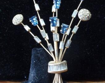 Denbe' bouquet brooch