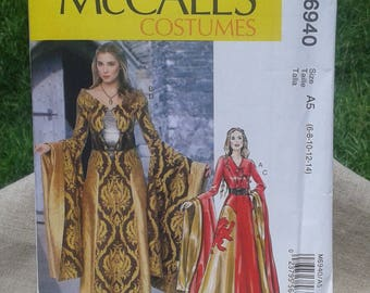 Misses Cersei Lannister Dress with Belt Costume  -  Game of Thrones Costume Dress - McCall's Sewing Pattern 6940 - Sizes 6 - 14