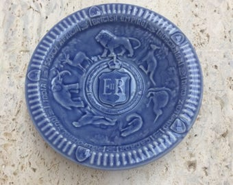 Wade- Commemorative Pin Dish- Queen Elizabeth ll Coronation 1953
