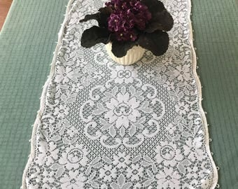Vintage Lace Table Runner White With Picot Edging, Dresser Scarf, Side Board Scarf, Cottage Chic Lace Table Runner, White Lace Table Runner