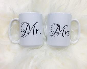 Mr & Mrs 15oz ceramic mug set