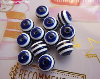 Set of 12 acrylic beads striped navy bleu and white 10*8 mm