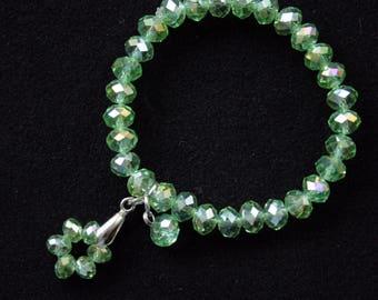 Women green bracelet glass czech bead bracelet elastic classic pendant bracelet Minimalist Jewelry Dainty bracelet gift for girlfriend