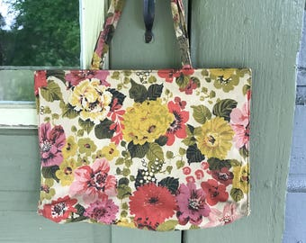 Vintage flower purse